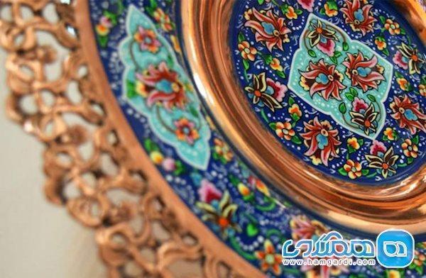 مهران، شاهد صادرات 12 میلیون دلاری هنر ایرانی